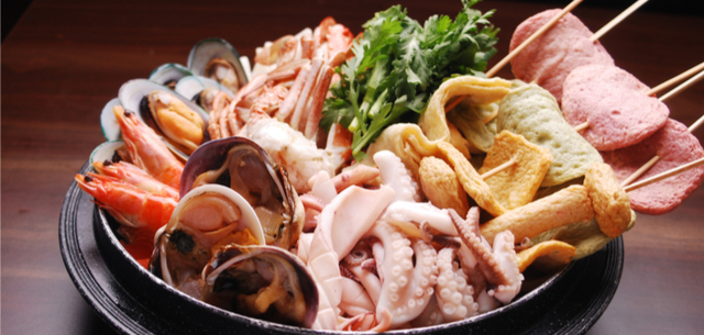 Picture of varied seafood on a plate
