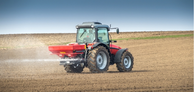 picture of fertiliser tractor
